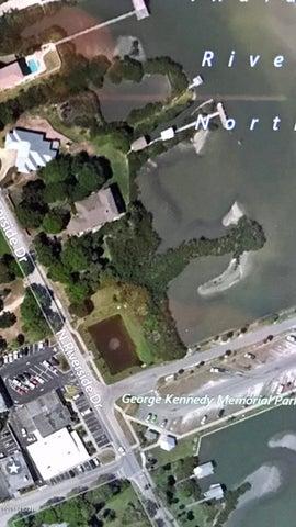 111 N Riverside Drive, Edgewater, FL 32132