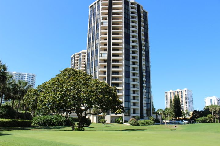 B Tower Golf Front