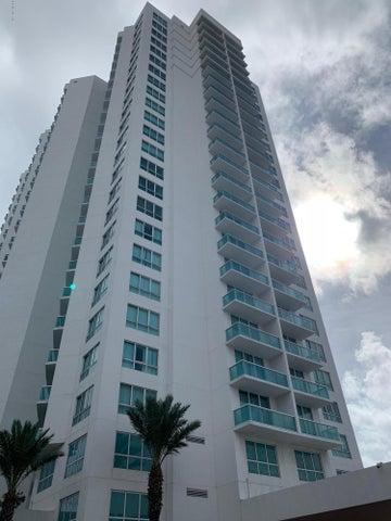231 Riverside Drive, 406-1, Holly Hill, FL 32117