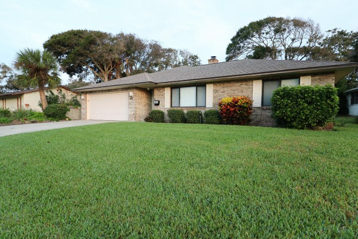 47 Longfellow Circle, Ormond Beach, FL 32176