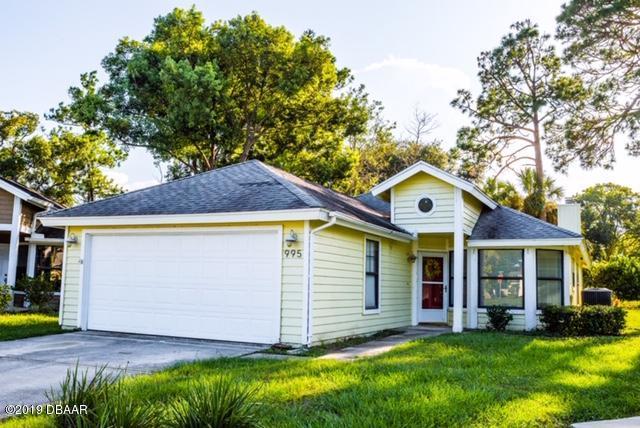 995 Heatherwood Court, Port Orange, FL 32127