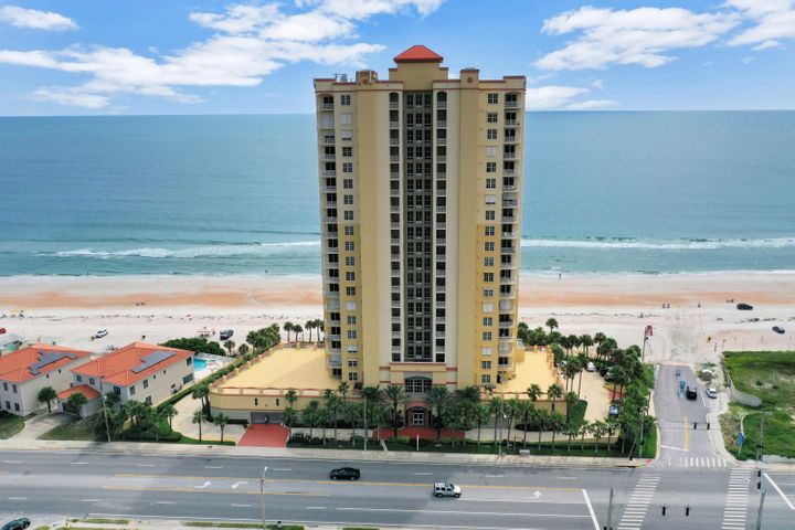 2300 N Atlantic Avenue, 203, Daytona Beach, FL 32118