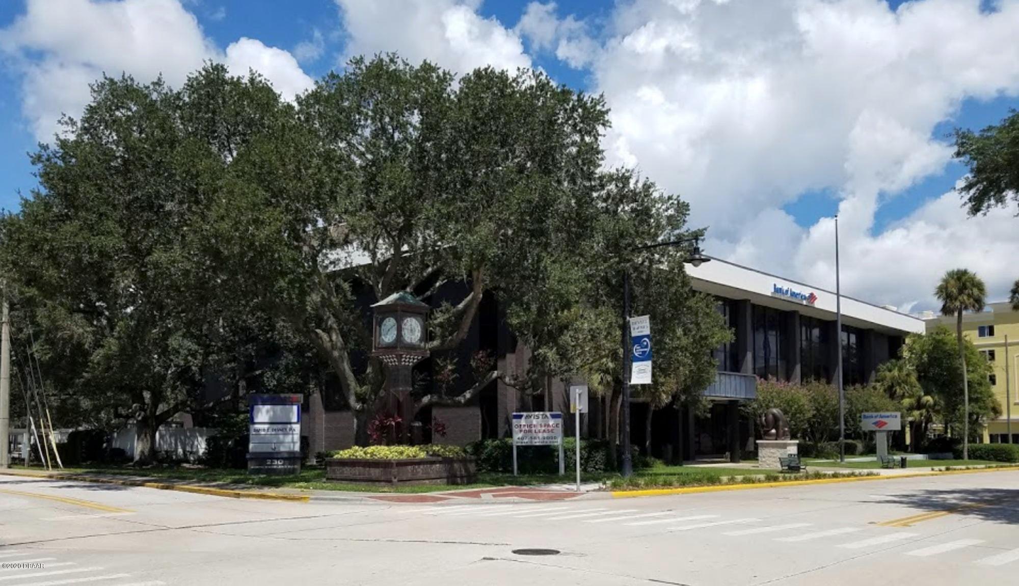 230 N Woodland Boulevard, 308, DeLand, FL 32720