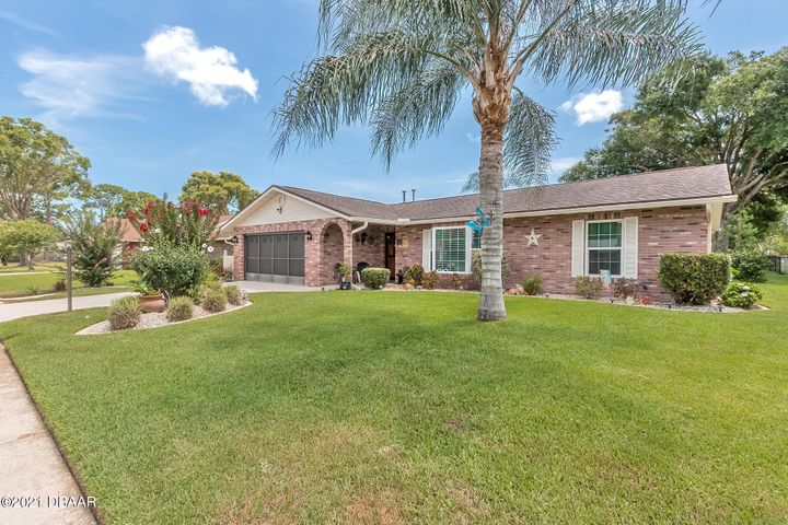 105 Hitching Post Dr.