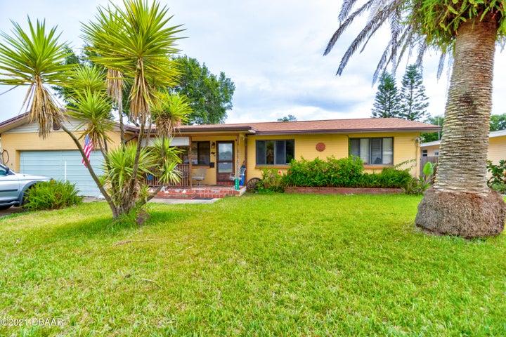 1647 Ridge Avenue, Holly Hill, FL 32117