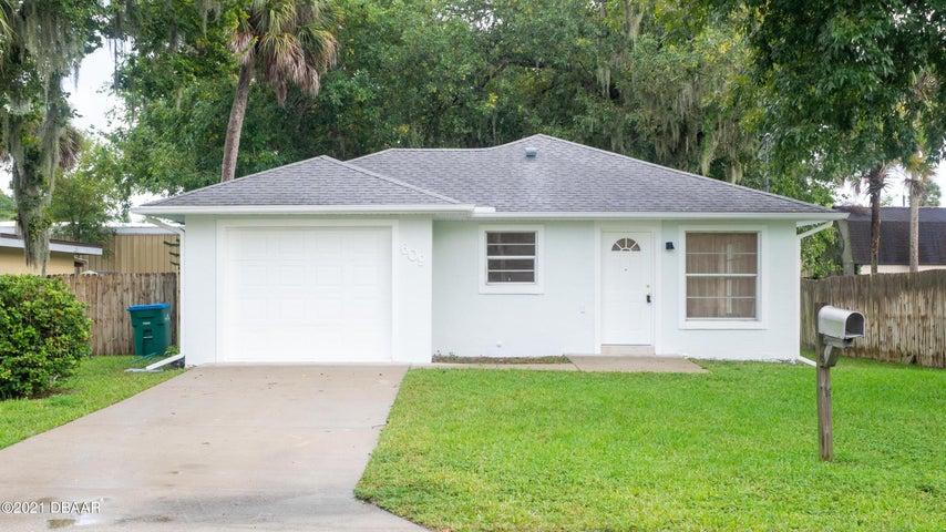 609 Gladiola Avenue, Holly Hill, FL 32117