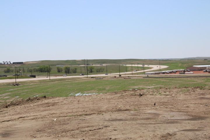 L1 B4 NW Commons Parkway, Watford City, ND 58854