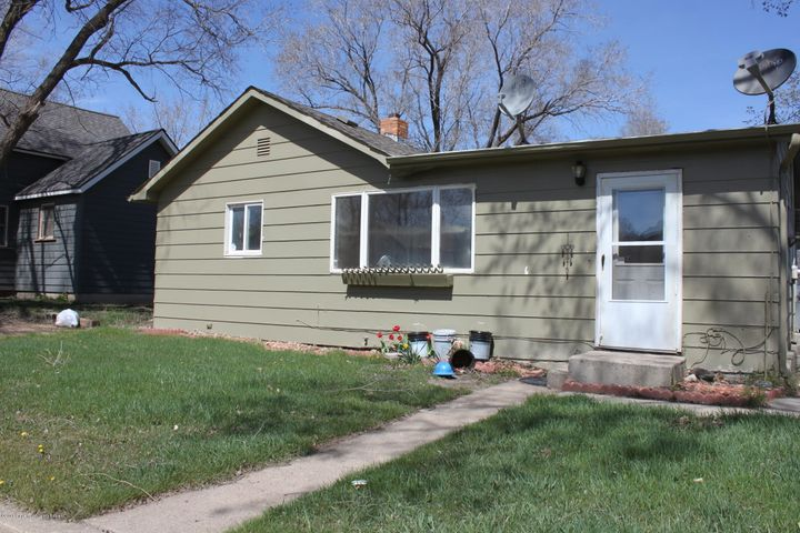 308 2nd ave nw, Watford City, ND 58854
