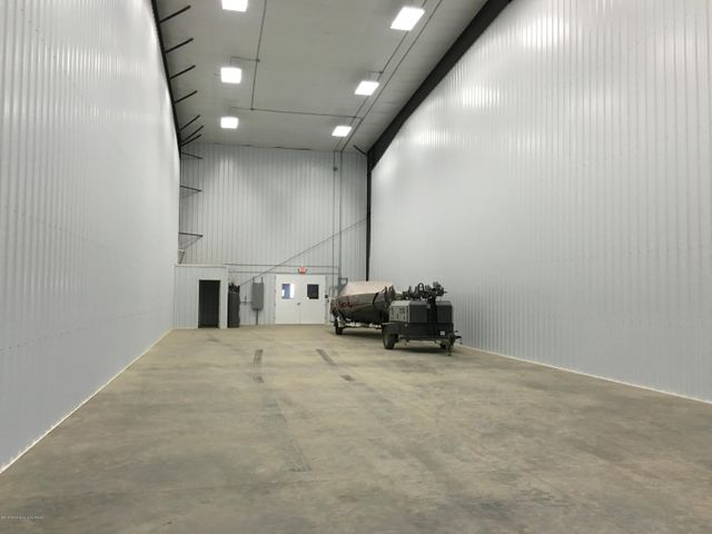 Additional bays available if desired.