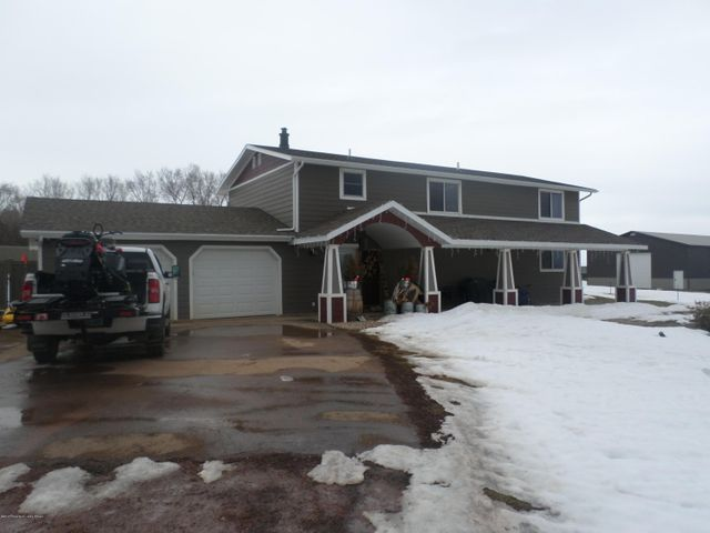 1108 15th AVE SW, Watford City, ND 58854