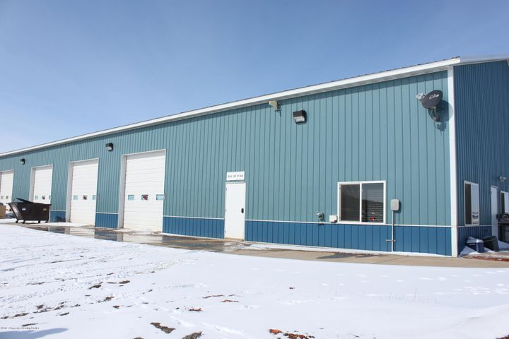 3924 26 F ST NW, Watford City, ND 58854