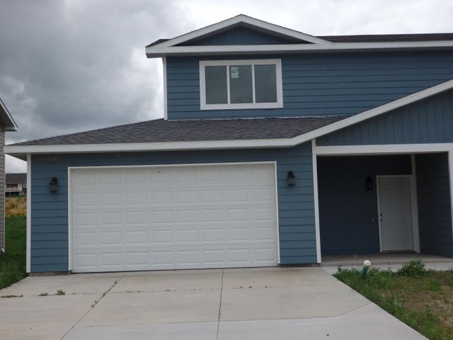 1129 9th St. SW, Watford City, ND 58854