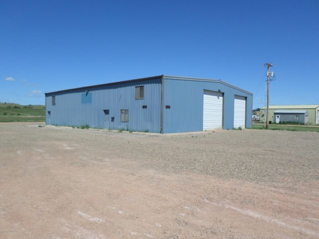 1001 4th St SW, Watford City, ND 58854