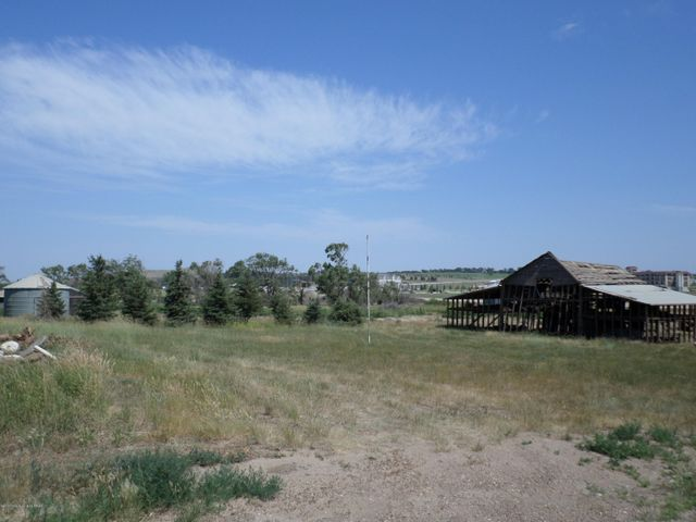 2662 123rd Ave NW, Watford City, ND 58854
