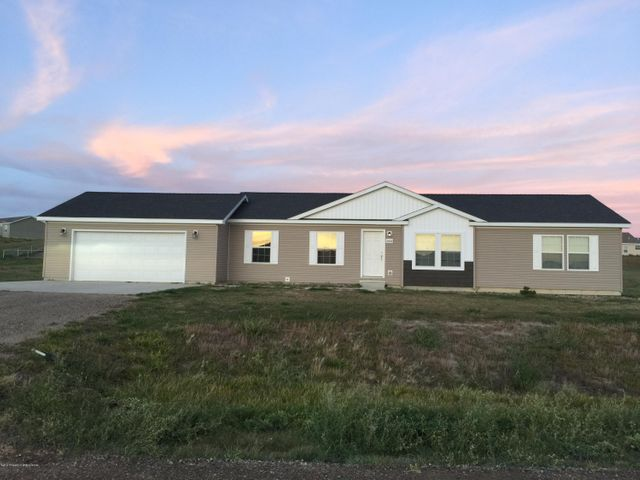 2013 Ranch Home on .868 acre lot