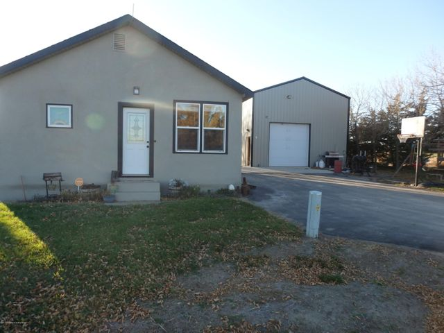 2945 161st Ave. NW, Fairview, MT 59221