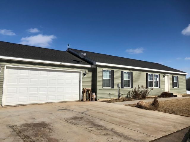 12233 26th F St NW, Watford City, ND 58854