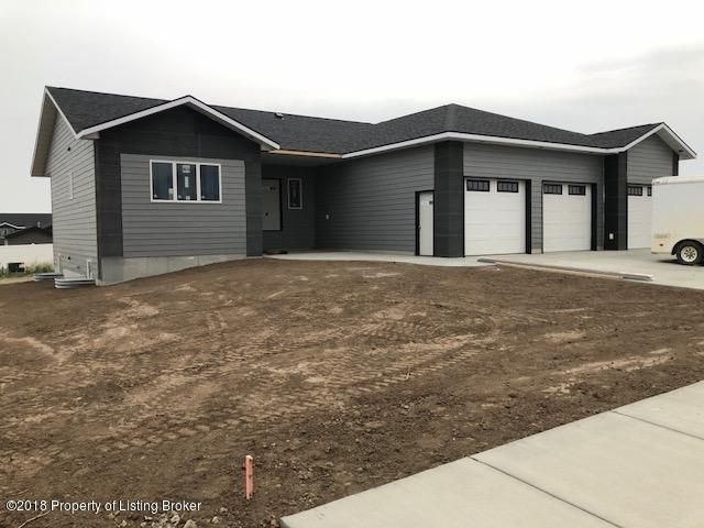 1334 46th St. W, Dickinson, ND 58601