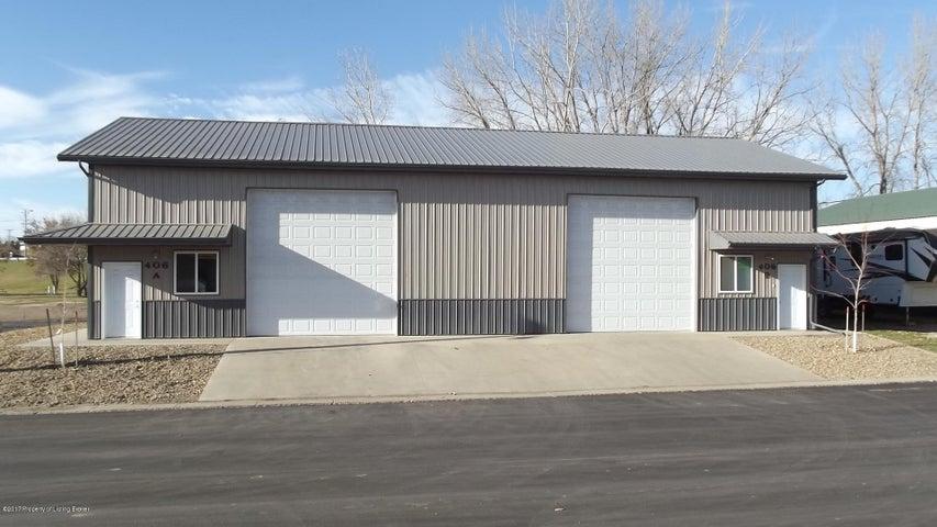 406 Keller Drive, Beulah, ND 58523