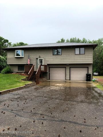1418 7th Avenue SW, Dickinson, ND 58601