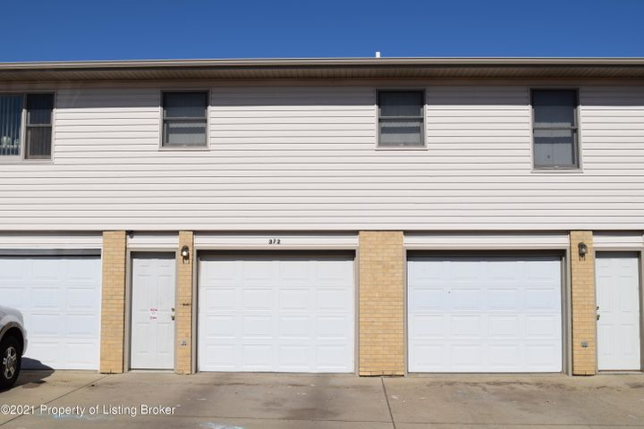 372 SE 8th Street, Dickinson, ND 58601