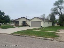 406 Lake View Drive, Pollock, SD 57648