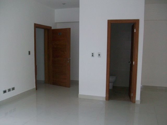 Apartamento Santo Domingo>Distrito Nacional>Naco - Venta:174.575 Dolares - codigo: 17-99
