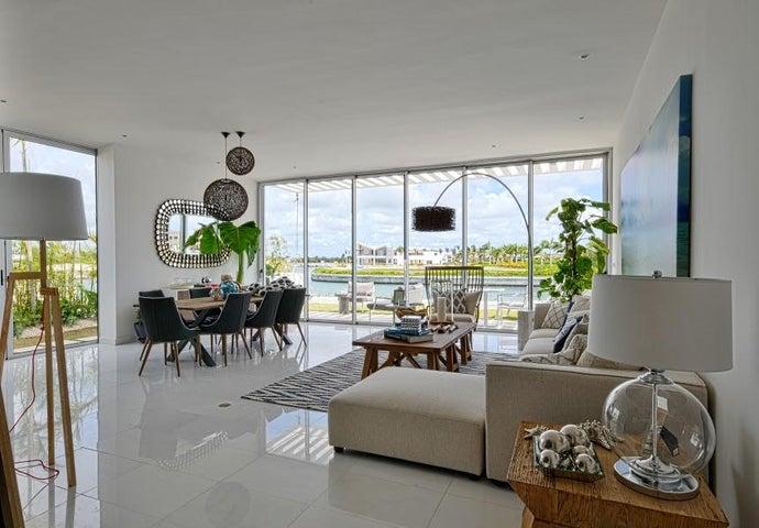 Casa La Altagracia>Salvaleón de Higüey>Veron-Punta Cana - Venta:890.000 Dolares - codigo: 17-322