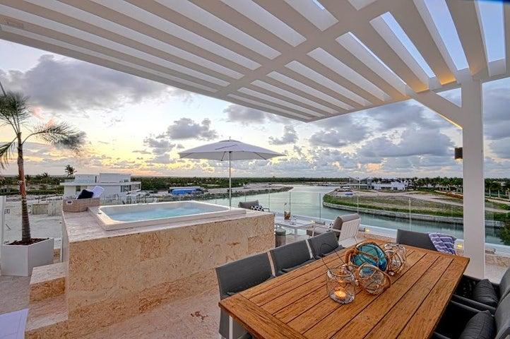 Casa La Altagracia>Salvaleón de Higüey>Veron-Punta Cana - Venta:6.900.000 Dolares - codigo: 17-323