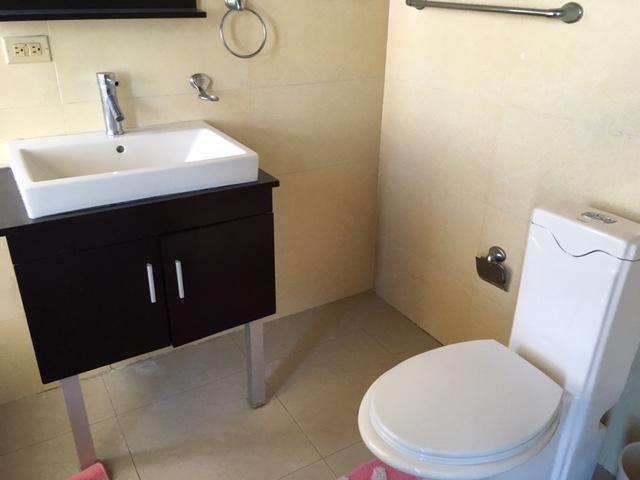 Apartamento Distrito Nacional>Santo Domingo>Esperilla - Alquiler:1.500 Dolares - codigo: 17-460