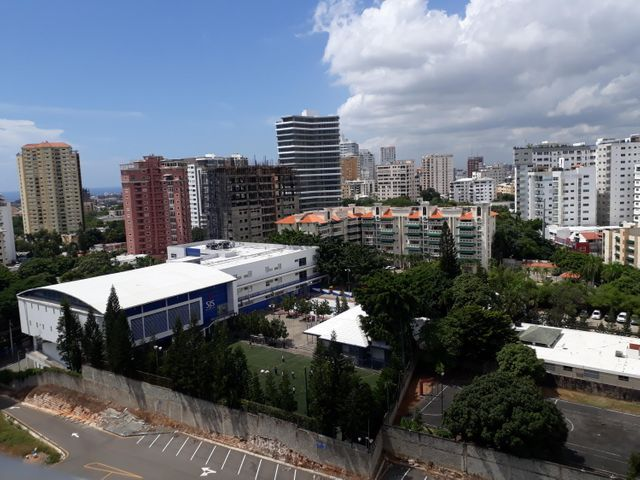 Apartamento Santo Domingo>Distrito Nacional>El Vergel - Alquiler:1.800 Dolares - codigo: 17-1119