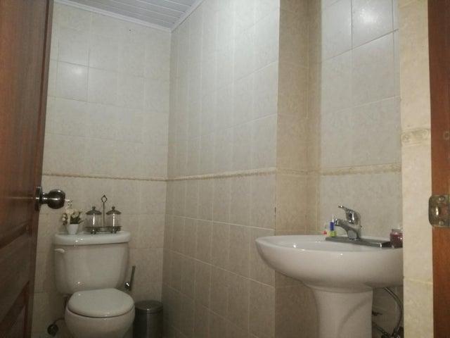 Apartamento Distrito Nacional>Santo Domingo>Los Cacicazgos - Alquiler:1.300 Dolares - codigo: 17-1145