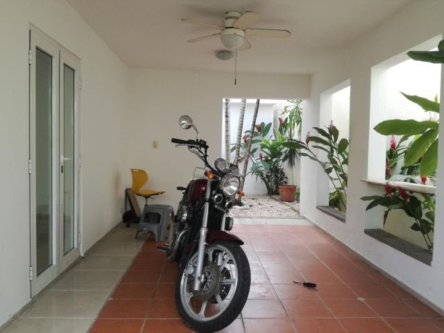 Casa Distrito Nacional>Santo Domingo>Las Praderas - Alquiler:1.900 Dolares - codigo: 17-1200
