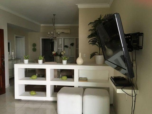 Apartamento Distrito Nacional>Santo Domingo>Evaristo Morales - Venta:195.000 Pesos - codigo: 17-1268