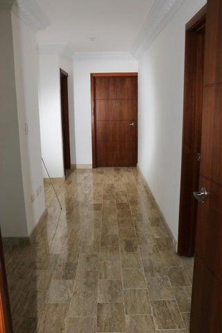 Apartamento Distrito Nacional>Santo Domingo Dtto Nacional>Naco - Alquiler:2.950 Dolares - codigo: 18-45