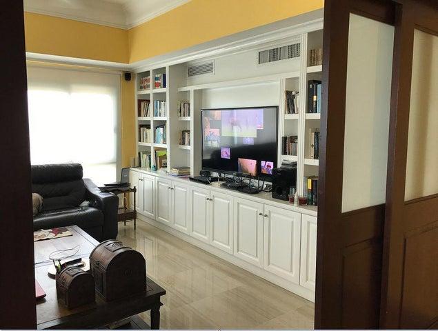 Apartamento Distrito Nacional>Santo Domingo>Ciudad Universitaria - Venta:670.000 Dolares - codigo: 18-49