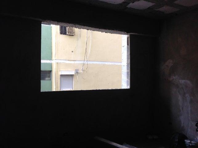 Apartamento Distrito Nacional>Santo Domingo>Evaristo Morales - Venta:145.900 Dolares - codigo: 16-169