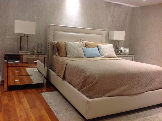 Apartamento Distrito Nacional>Santo Domingo Dtto Nacional>Bella Vista - Venta:175.000 Dolares - codigo: 18-151