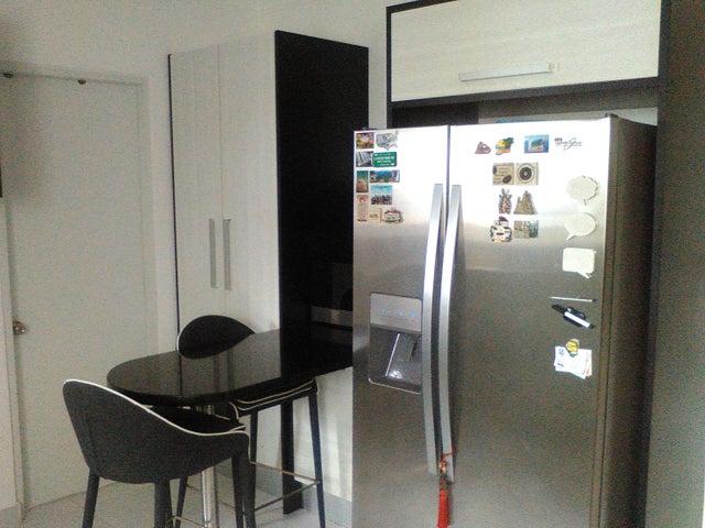 Apartamento Distrito Nacional>Santo Domingo Dtto Nacional>Evaristo Morales - Alquiler:2.000 Dolares - codigo: 18-290