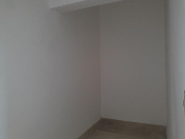 Casa Distrito Nacional>Distrito Nacional>Altos de Arroyo Hondo - Alquiler:3.800 Dolares - codigo: 18-306