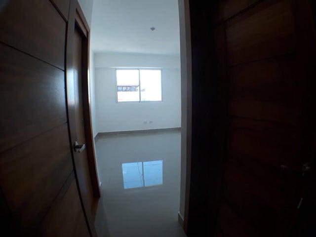 Apartamento Distrito Nacional>Santo Domingo>Bella Vista - Venta:205.000 Dolares - codigo: 18-385