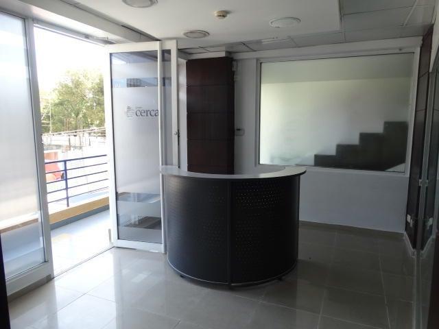 Local Comercial Distrito Nacional>Santo Domingo>Piantini - Alquiler:1.600 Dolares - codigo: 18-375