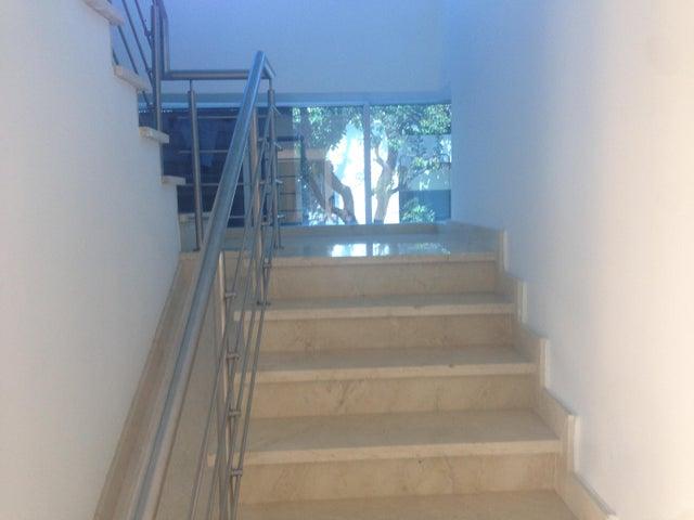 Oficina Distrito Nacional>Santo Domingo>Julienta Morales - Alquiler:1.300 Dolares - codigo: 18-402