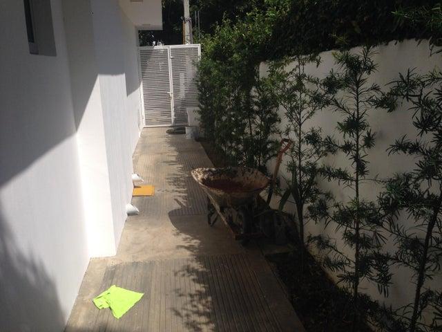 Oficina Santo Domingo>Distrito Nacional>Julienta Morales - Alquiler:1.300 Dolares - codigo: 18-406