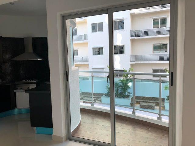 Apartamento Santo Domingo>Distrito Nacional>Piantini - Alquiler:1.100 Dolares - codigo: 18-459