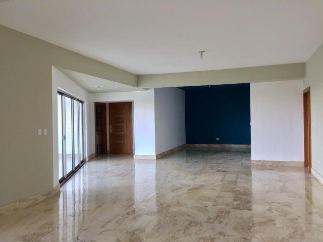 Apartamento Santo Domingo>Distrito Nacional>Mirador Sur - Alquiler:2.200 Dolares - codigo: 18-477