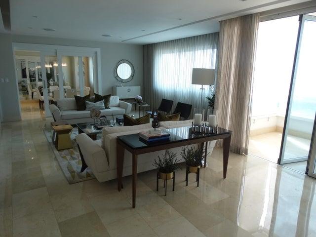 Apartamento Distrito Nacional>Beach walk>Serralles - Venta:530.000 Dolares - codigo: 18-490