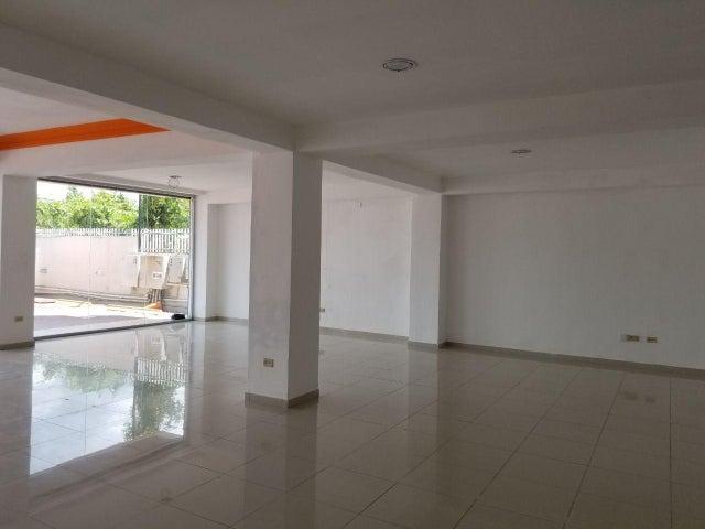 Local Comercial Distrito Nacional>Santo Domingo Dtto Nacional>Mirador Norte - Alquiler:2.300 Dolares - codigo: 18-528