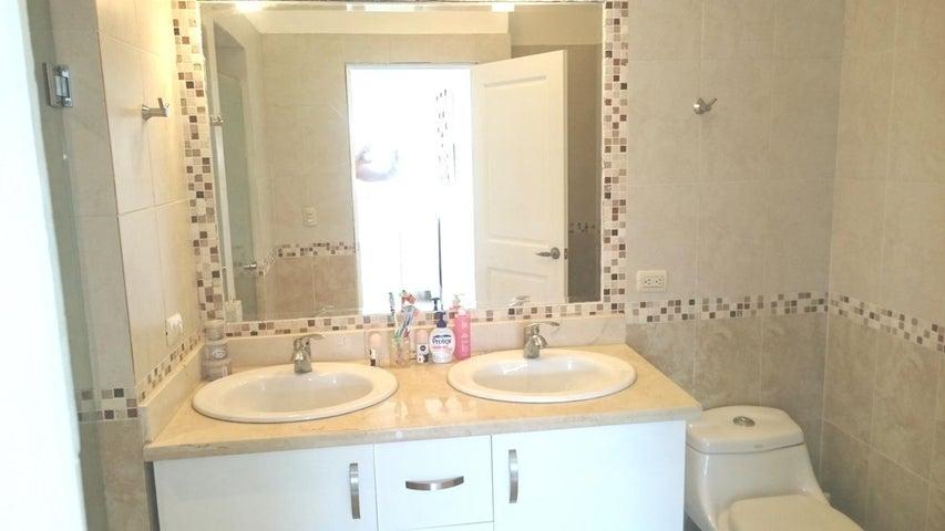 Apartamento Santo Domingo>Distrito Nacional>Bella Vista - Venta:130.000 Dolares - codigo: 18-563