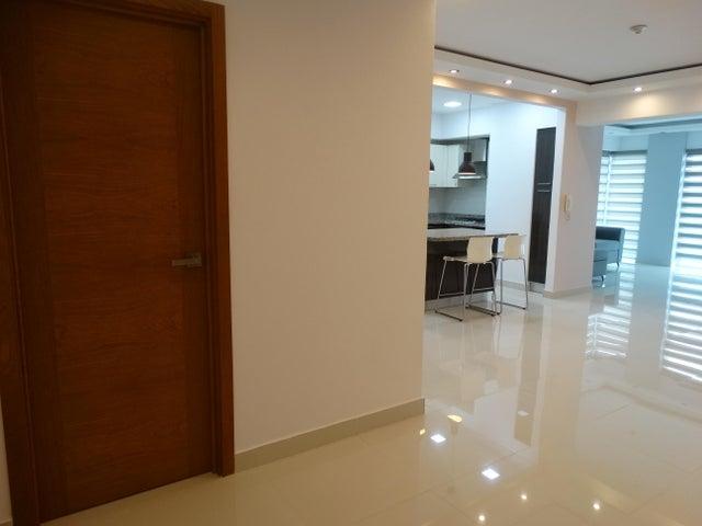 Apartamento Distrito Nacional>Distrito Nacional>Piantini - Venta:249.000 Dolares - codigo: 18-533